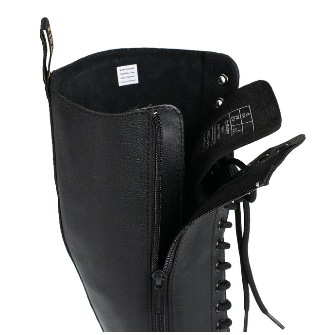 boty DR. MARTENS - 20 dírkové - 1B60 Virginia black