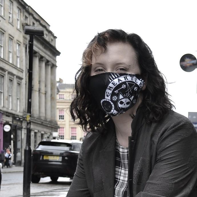 rouška (maska) HEARTLESS - OCCULT CAT - BLACK