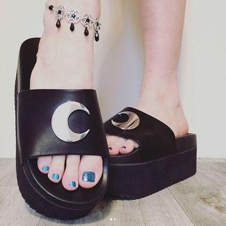 boty dámské (sandály) KILLSTAR - DARK MOON SLIDES - BLACK